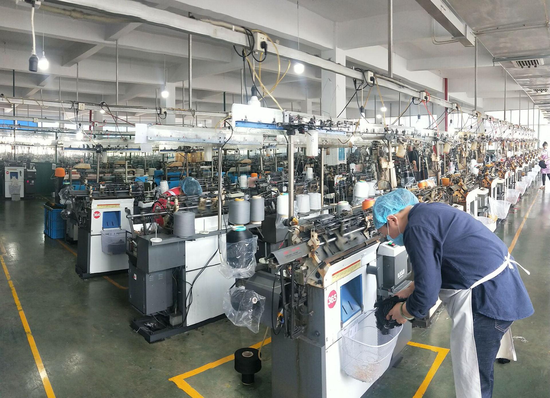 Oven Gloves Manufacturer